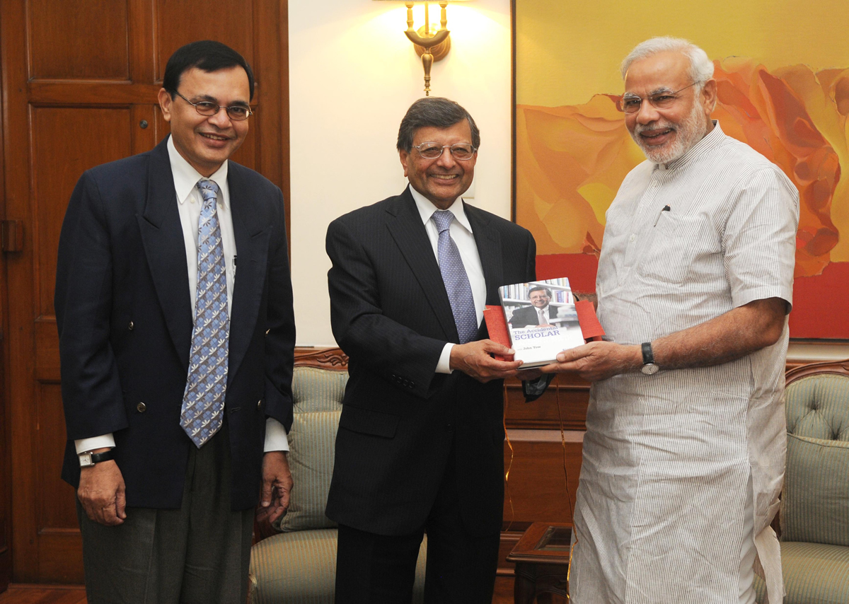 Prime Minister Mr. Narendra Modi Unveils The Accidental Scholar