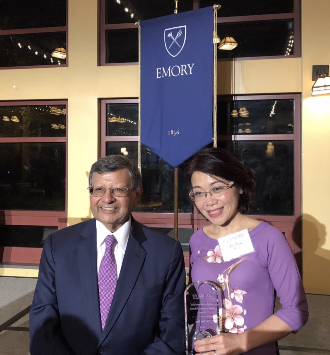 Emory alumna Dr. Do Mai Hoa who received the Sheth International Alumni Award